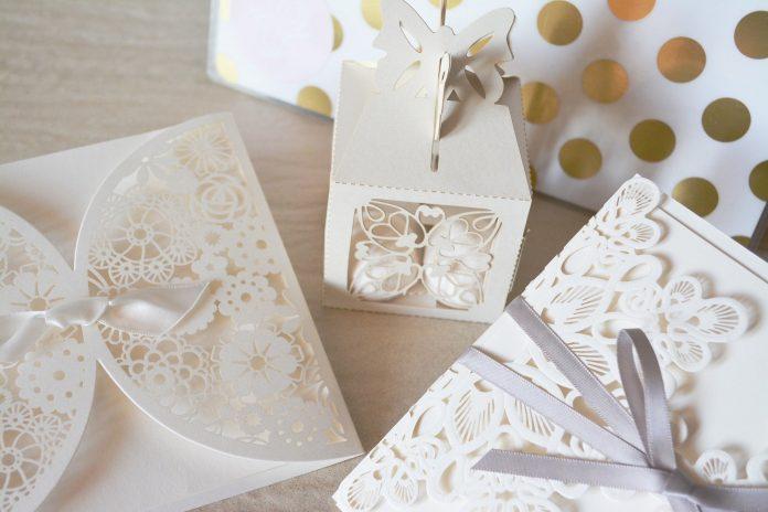 When To Send Wedding Invitations?